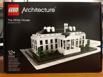 LEGO: 21006 White House