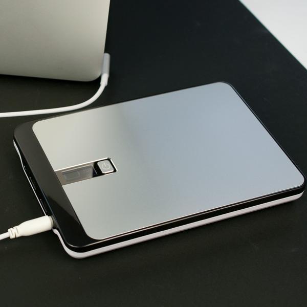 [WISH] 23000mAh の Mac 対応モバイルバッテリTMB-23K for MAC に注目