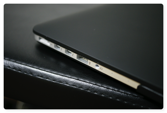 MBP13Cover 011