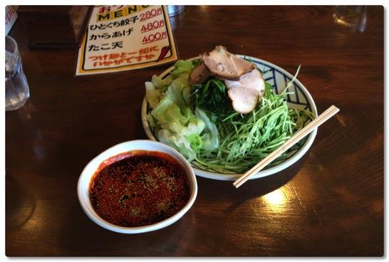 広島風つけ麺の辛唐屋が最近のお気に入りの麺屋さんです