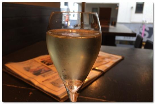 もっと早くに知っておきたかった、広島のワイン食堂「倉庫」はワインも料理も美味しいです