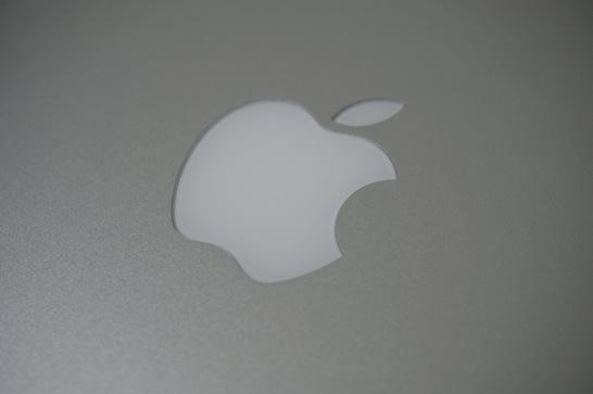 とうとうMacbook Pro 13 Retina Late 2013がやってきました。やっぱり美しいです