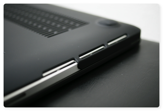 MBP13Cover 015