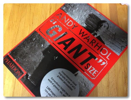 """圧巻の分厚さ!600ページのANDY WAHOLE """"GIANT""""をもらったので予習します"""