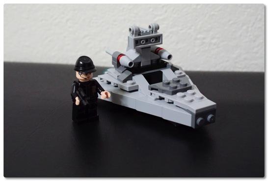 LEGO: 75033 マイクロファイターのスター・デストロイヤーを組みました